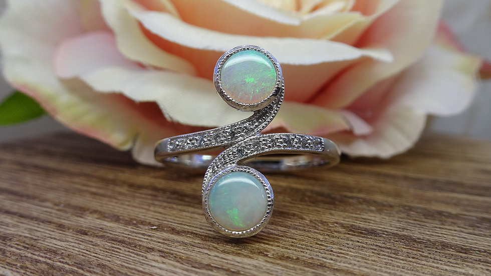 18ct White Gold Opal & Diamond Crossover