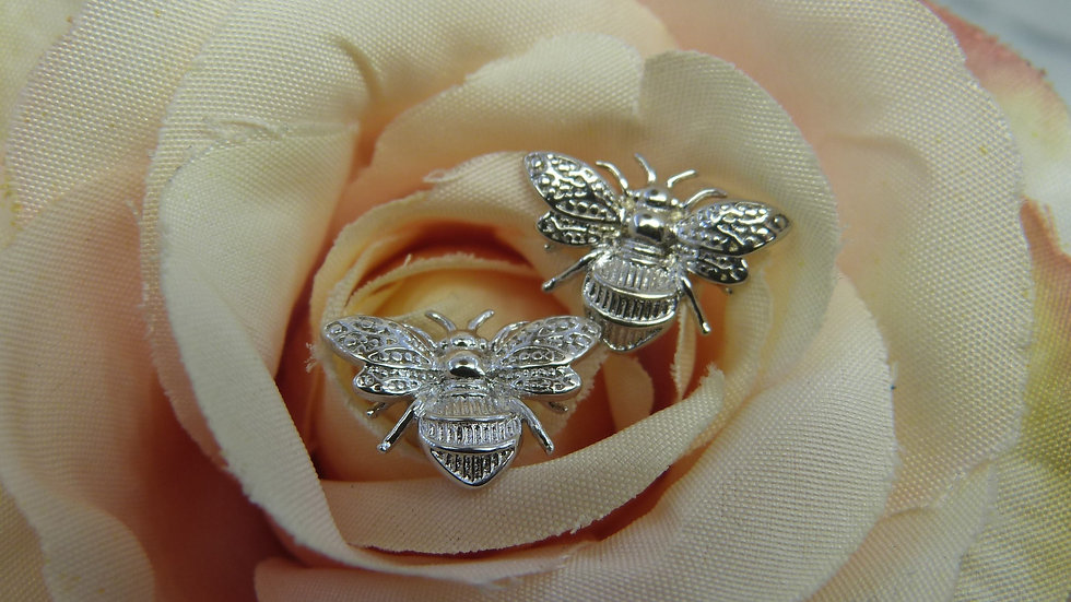 9ct White Gold Bee Earstuds