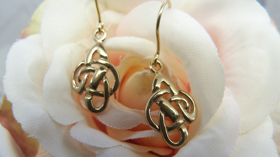 9ct Yellow Gold Celtic Drops
