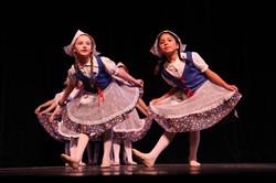 Little Dutch Girls