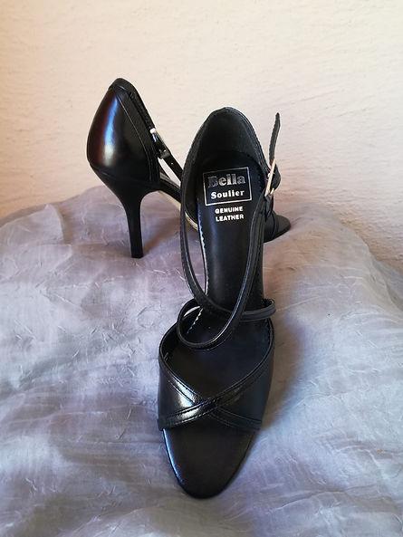 fancy feet 12.jpg