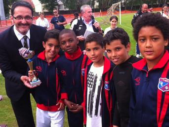 Tournoi de foot de l'ESDM du 24 mai : nos élu-e-s aux côtés des jeunes sportif-ves
