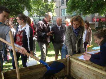 Inauguration d'un composteur public en centre ville