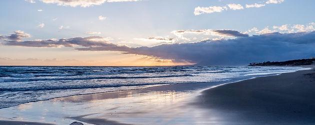 sunset-1227765_1920.jpg