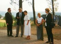 Besuch des sächsischen Staatsministers für Wirtschaft und Arbeit, Dr. Kajo Schommer im Jahr 1989. Im Jahr 1999 änderte sich das Rechtsverhältnis in eine KG und die Tochter Conny Stiehler wurde in die Geschäftsleitung einbezogen. Die Übergabe der Firma an die Tochter Conny Stiehler erfolgte im Jahr 2008.