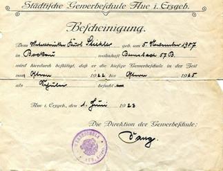 1929 - Weltwirtschaftskrise Herstellung und Verkauf von Aluminiumtöpfen und -geschirr.