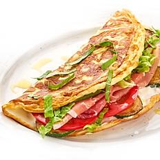 Омлет-сэндвич с томатами,прошутто котто,цукини и сливочным сыром