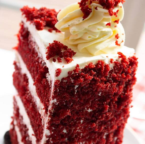 Red Velvet Oreo Tall Cake