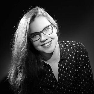 portrait studio noir et blanc.jpg