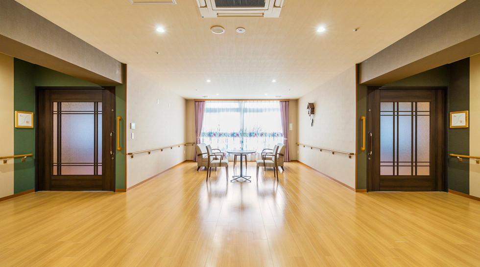 スマイルホーム西井堀 ホール