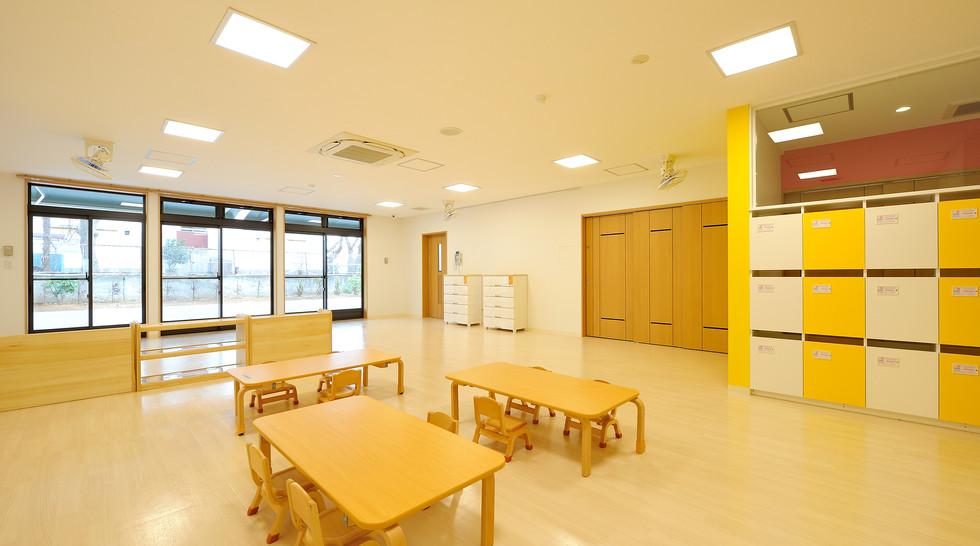 馬事公苑ひかり保育園 1歳児室