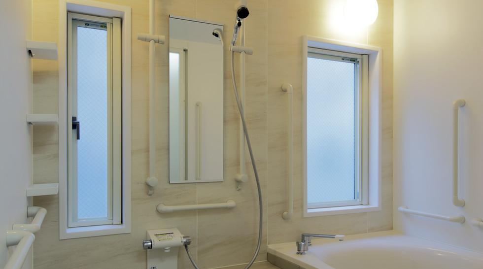 親愛荘 1階 浴室