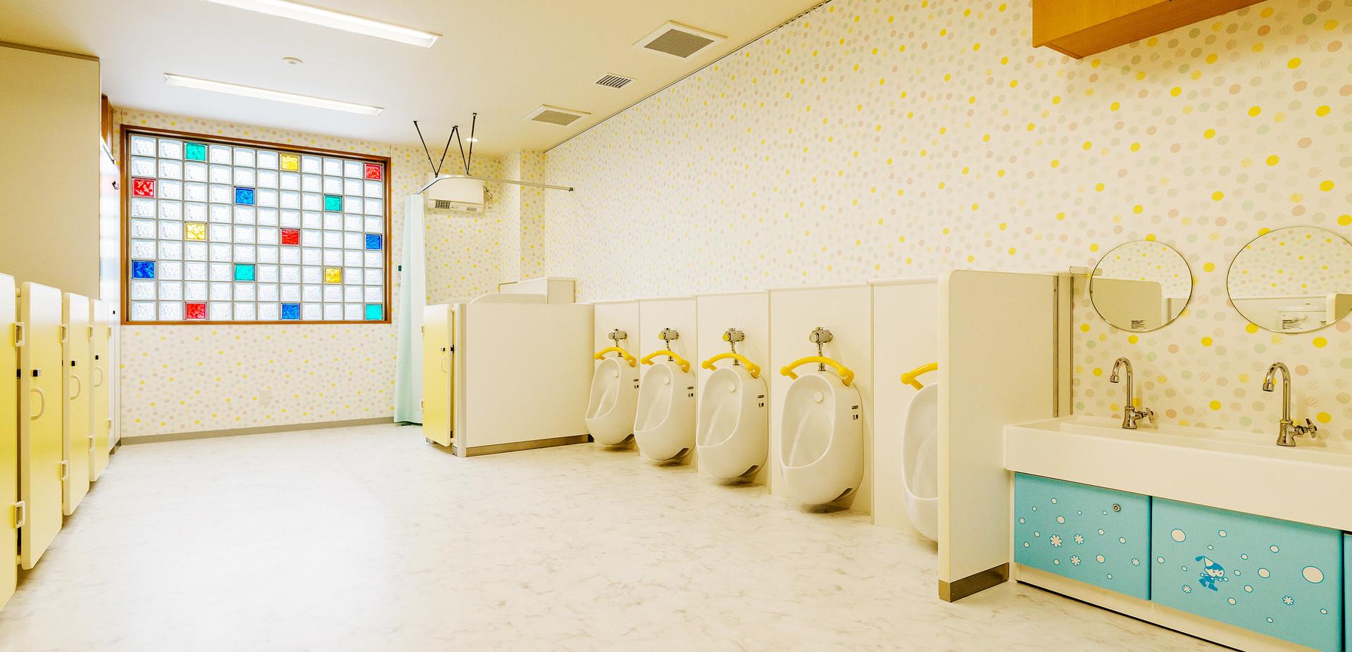 東小岩わんぱく保育園 園児用トイレ