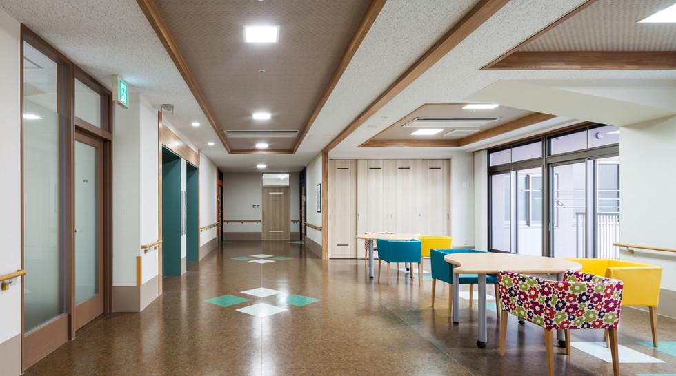 親愛の丘 3階 ホール・談話コーナー