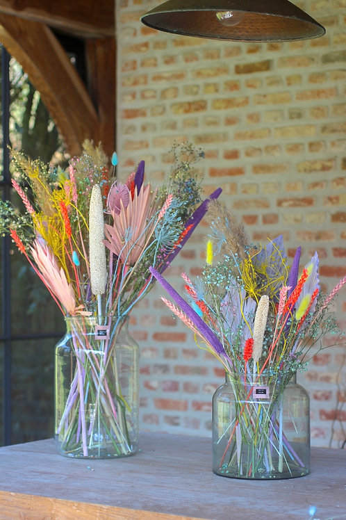 'Spring is here' dried bouquet