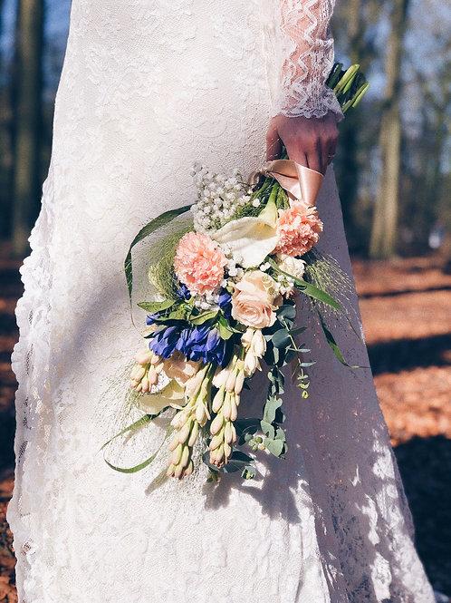 Arm sheath wedding bouquet