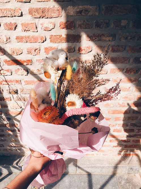 Rainbow dried bouquet
