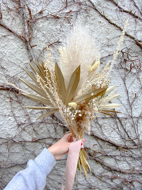 Palm spear dried bouquet