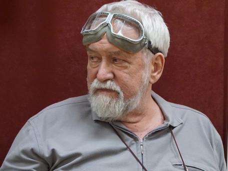 30 мая в 70-летний юбилей Дмитрий Цесельчук представил собравшимся фильм-эссе «В чём проистекает сча