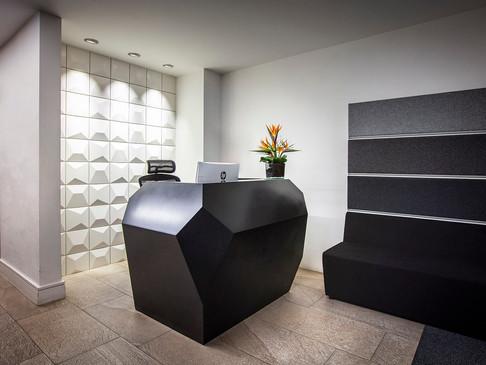 INVITE N Compact Reception Desk