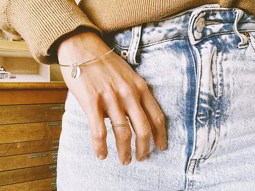 minimum bracelet + letter tag