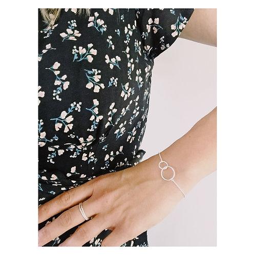 O2 bracelet