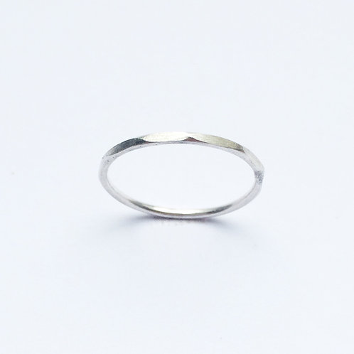 Minimum ring faceted - silver