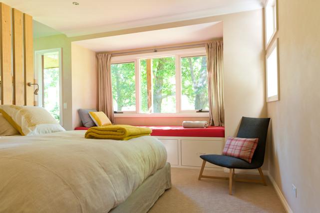 King Bedroom_1.jpg
