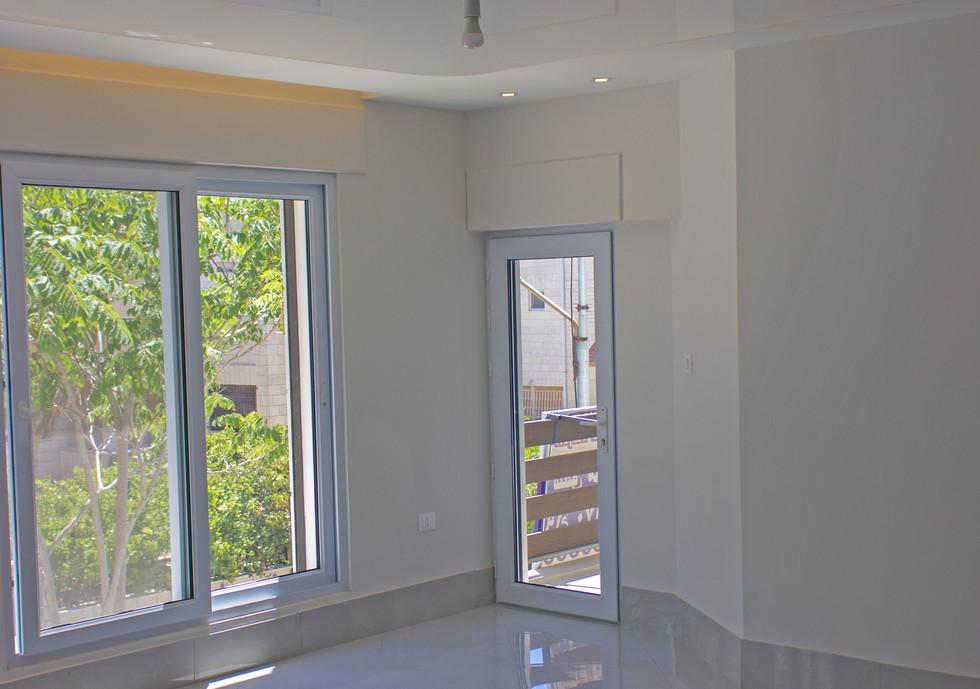 Glossy Stretch Ceiling