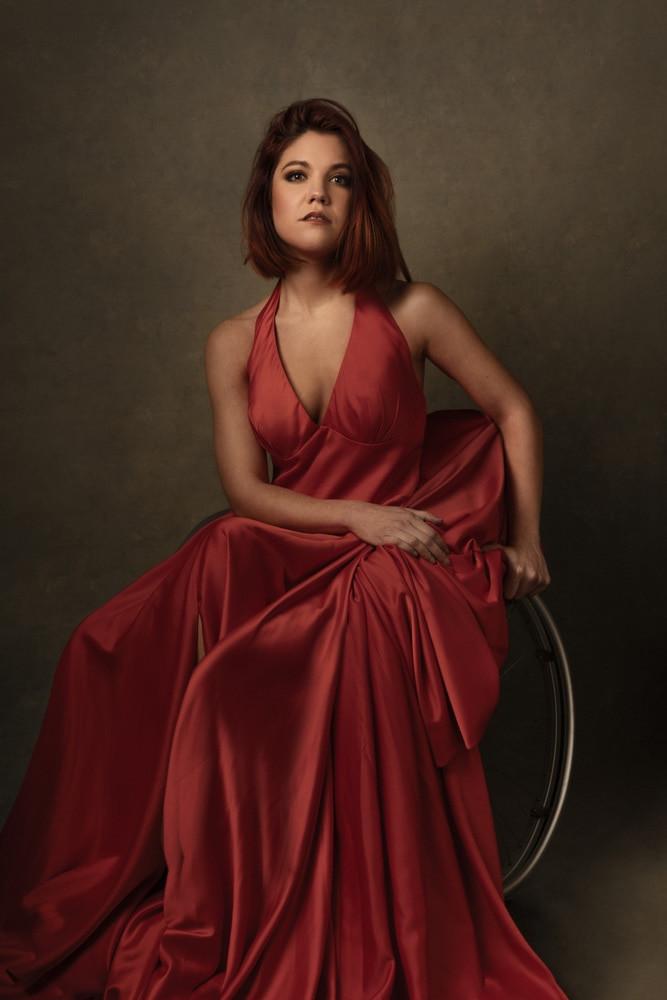 portrait femme magali saby danseuse fauteuil