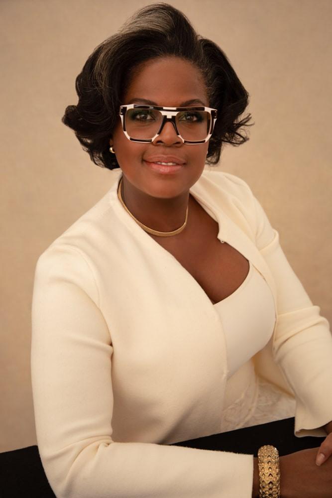 Modern Women Headshots Nyc Elegant Executive Portraits Portrait Madame