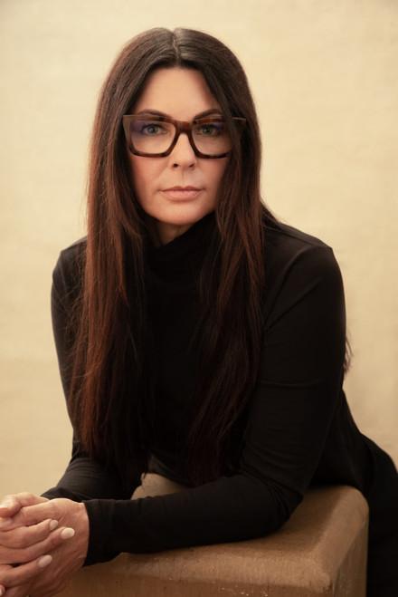 exemple-photo-cv-femme-portrait-madame-p