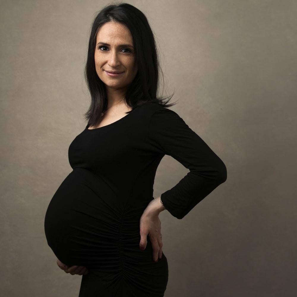 Elegant-maternity-photos-photography-stu