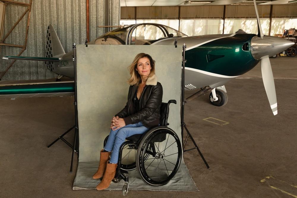 Dorine Bourneton femme pilote en fauteuil