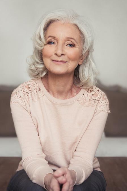 30th-40th-50th-60th-birthday-ideas-woman