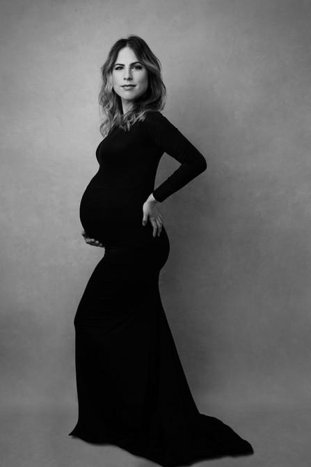 Maternity-photoshoot-NYC-motherhood-port