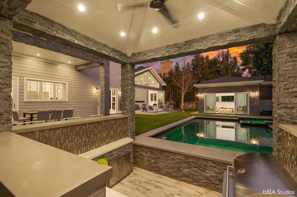 Pool Bar Backyard