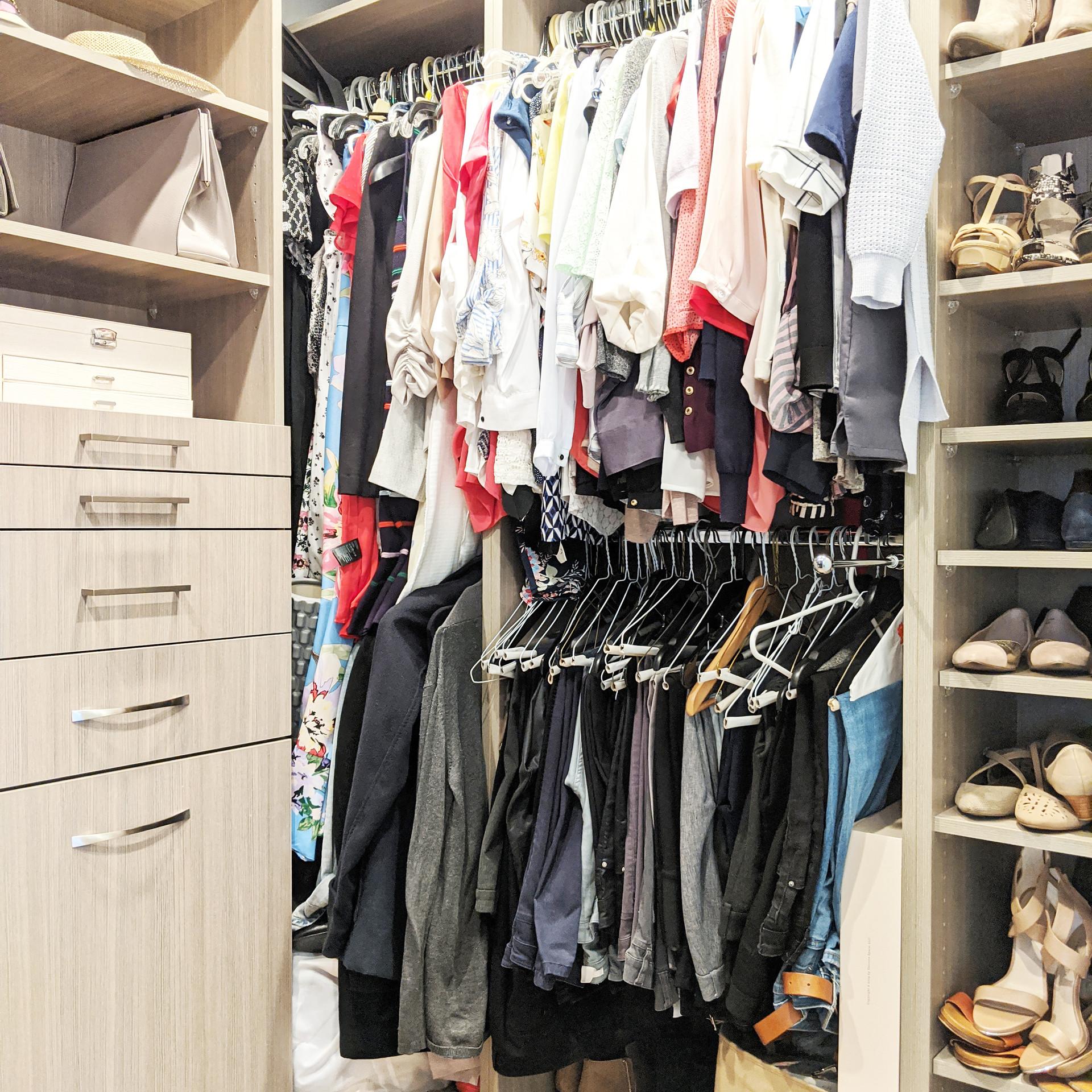 Master Closet (4).jpg