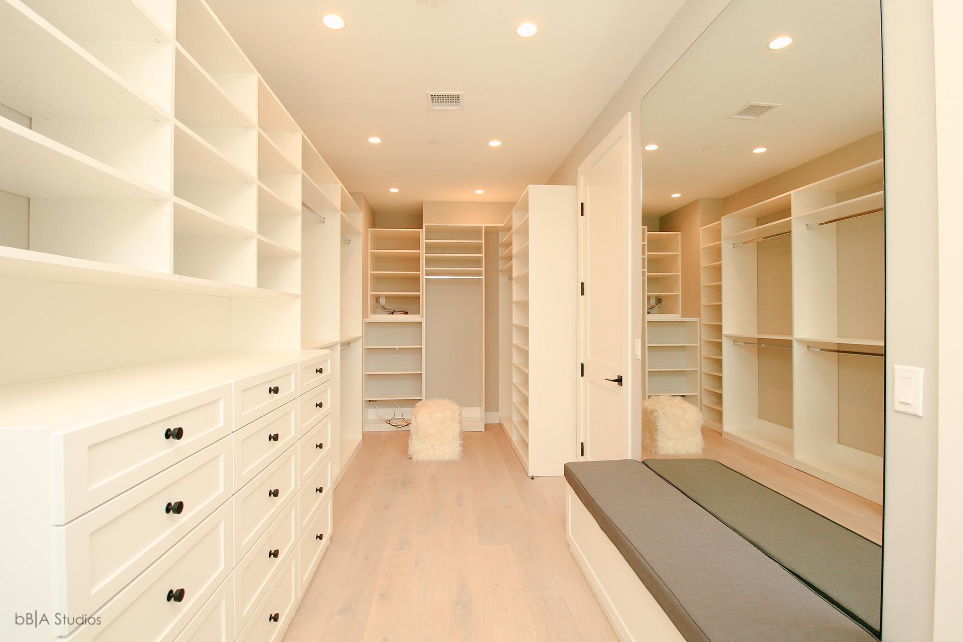 Spacious Closet Designs
