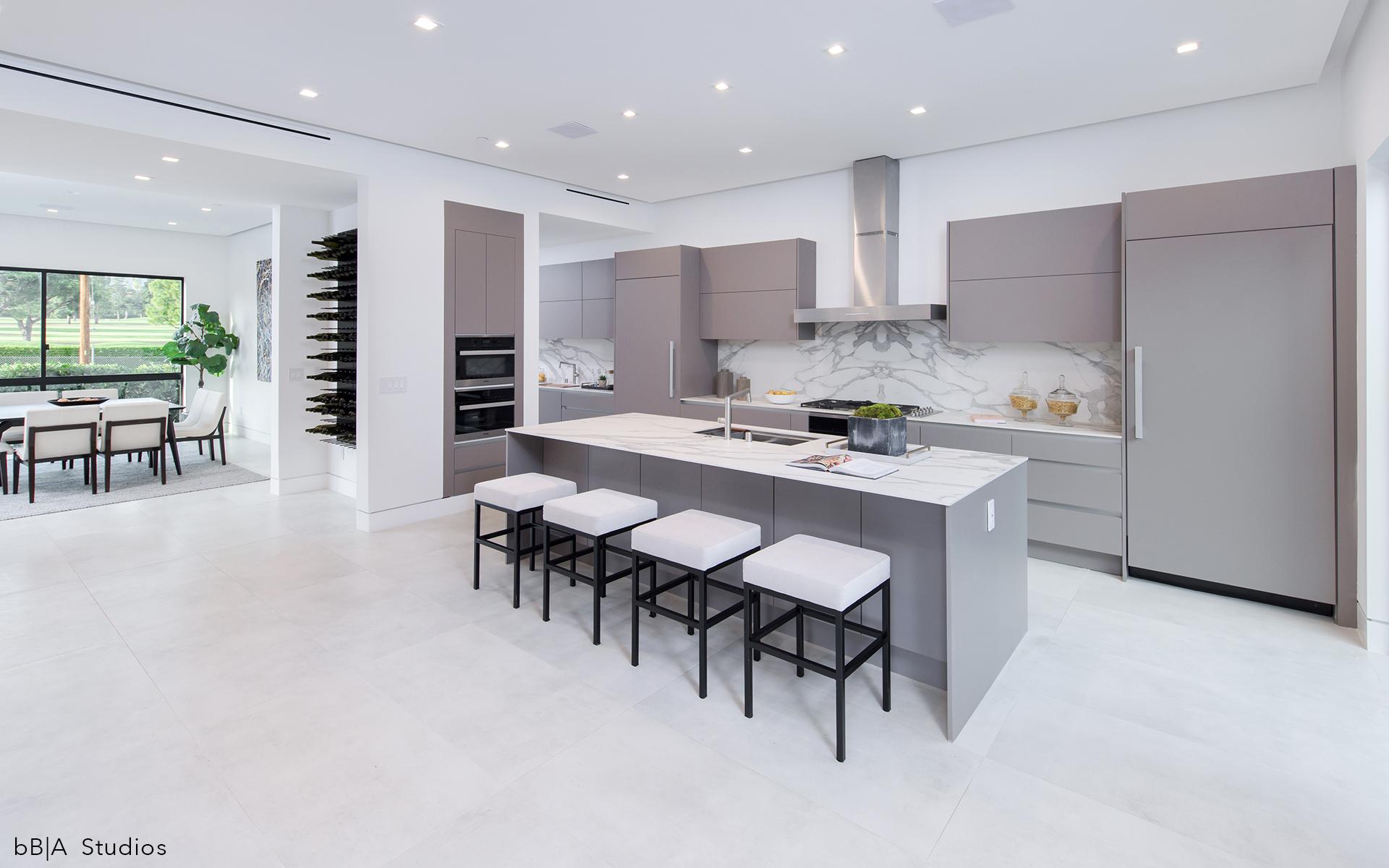 Large Modern Kitchen