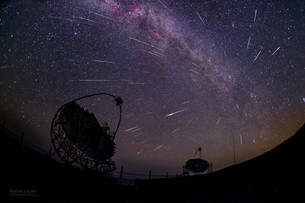 ​Gamma rays and Comet Dust​