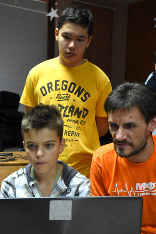 Discovery within a Week project's resounding success at LANAT summer camp of Moscow University