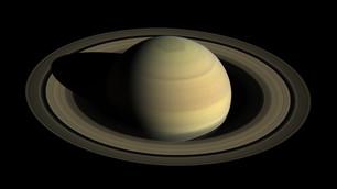 Астрономы из России прогнозируют, что 27 июня Сатурн пройдет точку противостояния с Солнцем.
