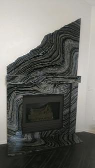 herak fireplace.JPG