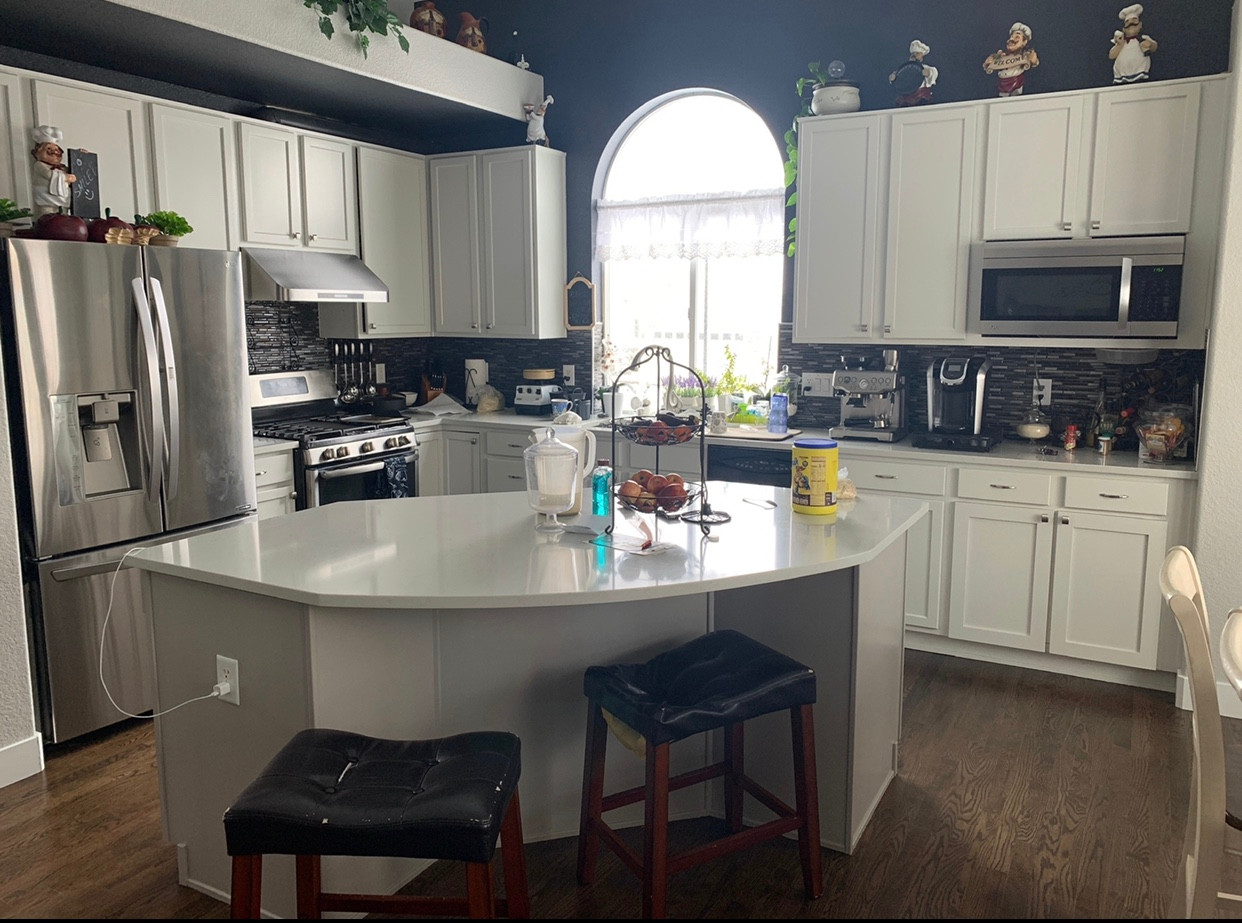 Kitchen cabinets. - Charlies painting