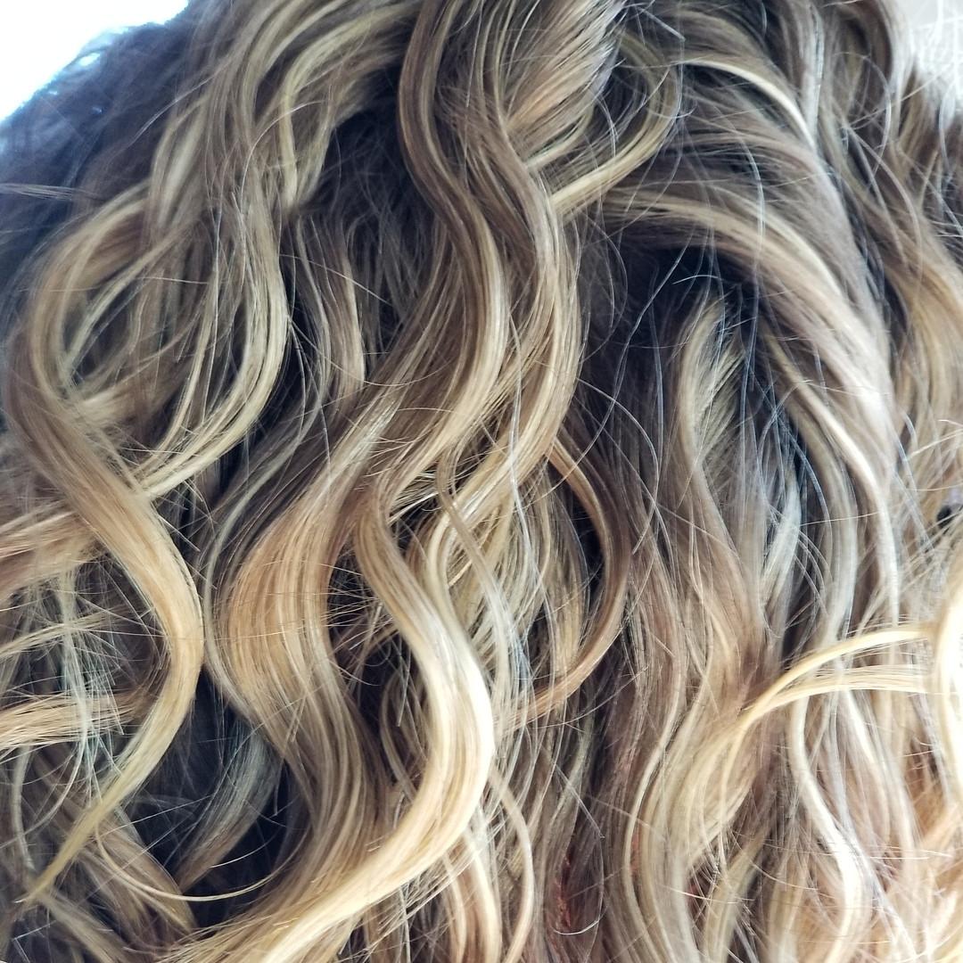 Wavey Blonde Highlites