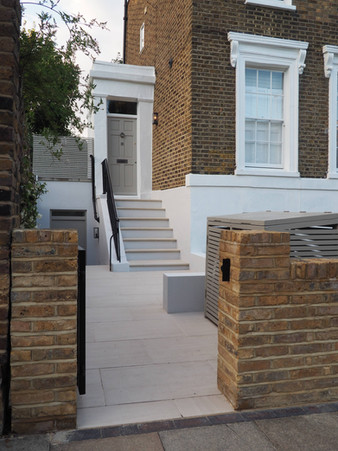 Taryn Ferris Garden Design - Porcelain Paving and Bullnose Step Treads - Islington Front Garden