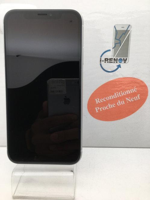 iPhone XR (984)