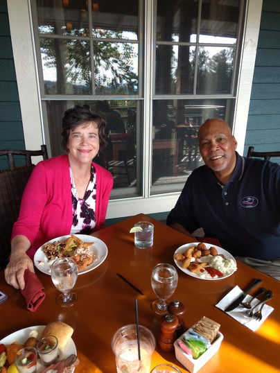 Claudia and Melvin enjoying dinner during Young Harris Orientation sessions.