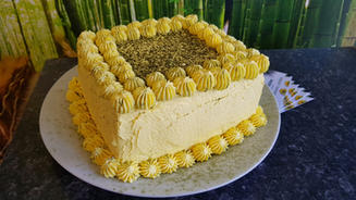 Lemon and macha cake